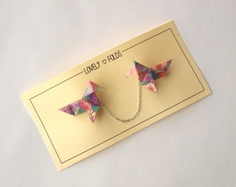 Origami bird collar clip