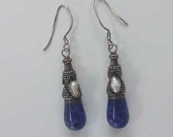 Vintage lapis lazuli fresh water pearl and silver dangle pierced earrings