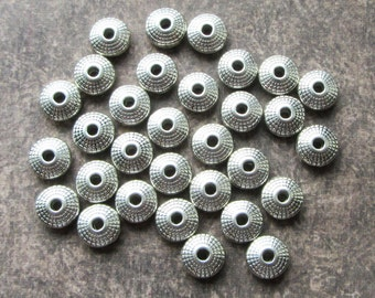 30 x Antique Silver Metal Spacer Beads 8mm Flat Round Rondelle Saucer