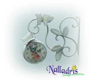 Miniature dollhouse clock