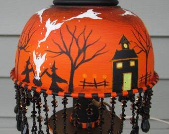Halloween painting~*~halloween vintage tole lamp~*~folk art, ghosts, witches, trick or treat, haunted house, pumpkins, HAB