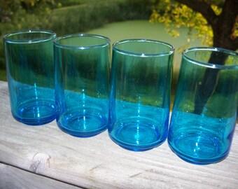 4 vintage blue juice glasses | juice glass | blue glassware | vintage drinking glasses