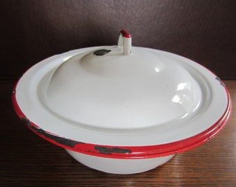 Red And White Enamel Bowl With Lid - Covered Enamel Bowl - Rustic Enamel Bowl- Farmhouse Enamel Bowl - Farmhouse Decor - Rustic Decor
