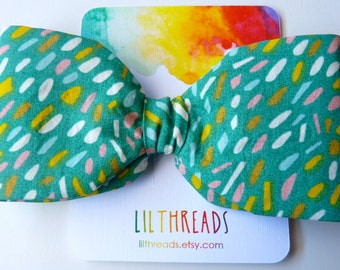 Green speckled large hairbow