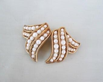 Signed Crown Trifari Faux Pearl Gold Tpne Fan Clip Earrings