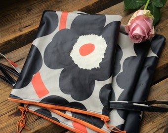Floral OIL CLOTH Wet bag with a handle handmade from Marimekko Unikko oil cloth, for toiletries, diapers, underwear etc.