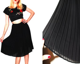 60s Black skirt / midi skirt / Pleated skirt /