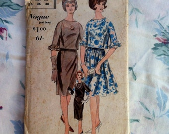 Dressmaker's Sewing Pattern Vintage Vogue 5297 Style Dress 1960s Fashion Paper Pattern