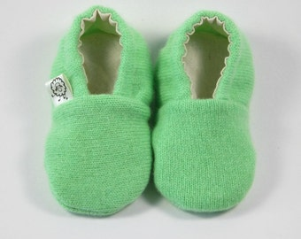 New Baby Gift- Coming Home Outfit- Baby Shower Gift- Newborn Shoes- Gender Neutral- Newborn Shoes- Eco Baby- Pregnancy Gift- Irish Baby