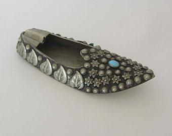 Vintage Indian Shoe Ashtray, Indian ashtray shoe, Vintage indian shoe