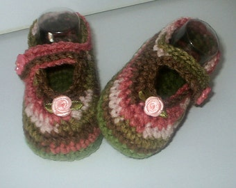 Cute Crochet *Pink Camo Mary Janes* 4 Baby Girl. 3-6 mos - Shoes, Booties, Camouflage