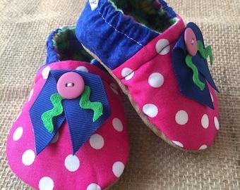Cloth Shoes - Pink Button Polka dot
