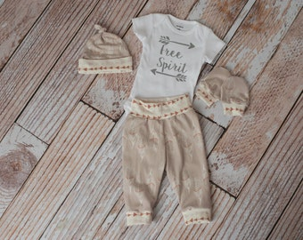 Newborn Coming Home Baby Arrows/Feathers Bodysuit, Pants, Hat, Scratch Mittens Set with Tan and Cream+ Free Spirit Bodysuit