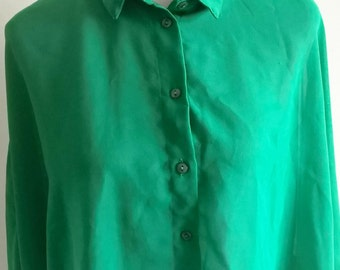 Green high / low Blouse Size 10