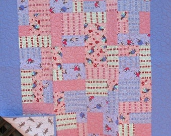 Monkey tales Baby Girl Quilt