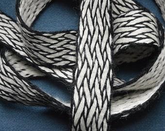 Pure Silk Birka Tablet Woven Braid Based on Birka Grave Finds, Viking Card Weaving Strapmotif Braid, Viking Woven Belt, Strapmotif Weave