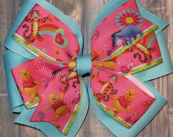 Winnie the Pooh Hair Bow / Winnie the Pooh Bows / Winnie Pooh / Eeyore Bows / Tigger Bows / Piglet Bows / Winnie the Pooh Party /Pooh Gifts