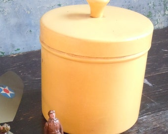 Aluminium Canister / Vintage Painted Yellow / Clean Inside