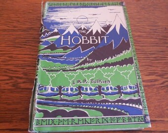 RARE 1966 The Hobbit By JRR Tolkien Lord Of The Rings Hard Cover With Dust Jacket Clean