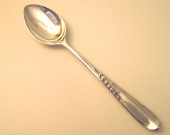 Sterling Silver Tea Spoon Silver Wheat Pattern Reed and Barton 1952