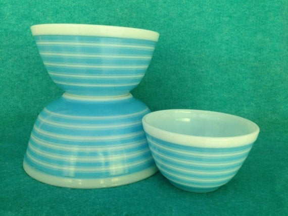 pyrex glass mixing bowl 3 piece set round banded rings stripes. Black Bedroom Furniture Sets. Home Design Ideas