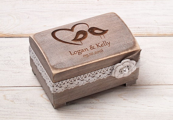 ring tr ger box ehering box rustikale hochzeit ringtr ger. Black Bedroom Furniture Sets. Home Design Ideas
