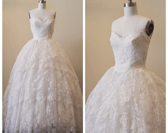 Vintage Bridal redesigned 1950's strapless sweetheart lace tiered wedding gown