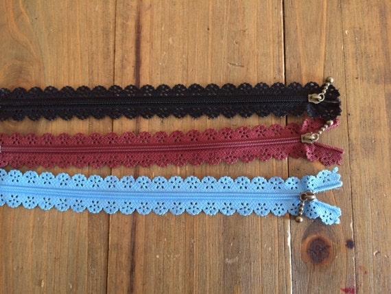 Pack of three Japanese zipper style Zakka, 22 cm.