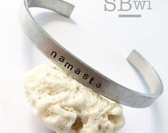 Namaste bangle in aluminum, non-tarnishing and adjustable