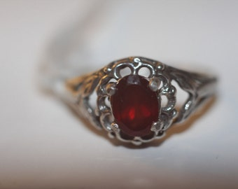 hand made jewelry/RedGarnet stone set in sterling silver ring sz 7