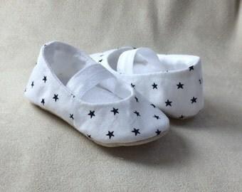 3-6 months Star struck ballet flat, baby shoe, soft sole pre walker