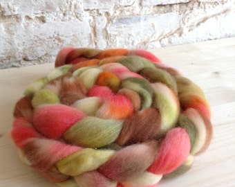 Apricot flower hand-dyed combed tops