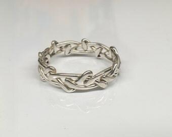 Barbwire braided ring
