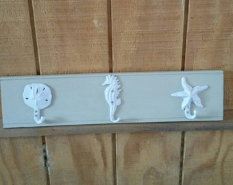 3 hook Towel Rack with seahorse, sand dollar and starfish