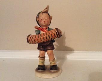 Hummel/ Goebel 'The Accordion Player' Figurine TMK2.
