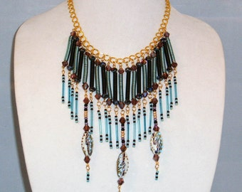 SOPHISTICATED FUN NECKLACE with Earrings