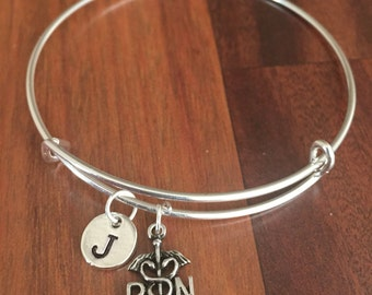 RN Initial bracelet, medical bracelet, rn bracelet, nursing bracelet, gift for nurse registered nurse bracelet, silver RN bracelet