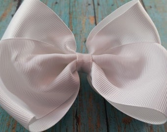 XL/Jumbo Solid White Hair Bow/ Big White Hair Bow. Extra Large Hair Bow/ Solid White Hair Bow/ Jumbo Whit Hair Bow/ XL White Hair Bow.