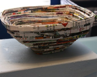 Magazine Bowls: Large Shallow Square