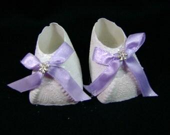 Shoes cold porcelain
