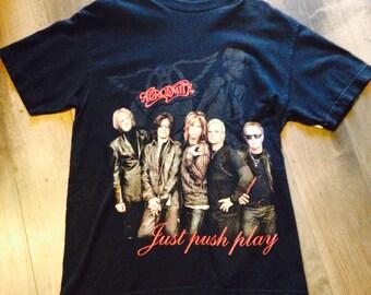 Small Aerosmith concert shirt   black cotton Aerosmith tee