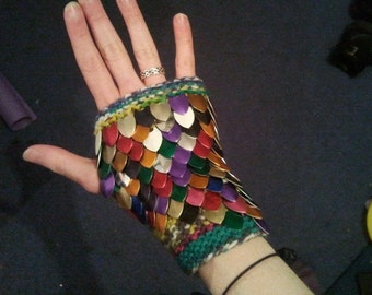 Customisable dragon scale fingerless gloves (pair)