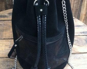 "Bucket handbag bag, bucketbag ""Thelma"" in black leather"