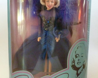 Vintage Boxed Marilyn Monroe Doll Spectacular Showgirl Limited Edition 1993.