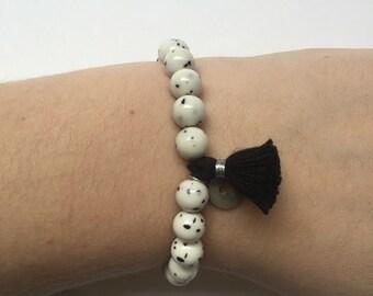 White and black spotted tassel bracelet