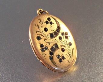 Victorian Etched Paste Locket, Atrice Rose Gold Filled