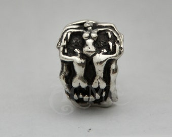 Voluptuous Mors Death  Salvador Dali 's Skull Ring Hand sculpt..ACME EXCLUSIVE