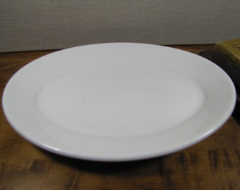 "Rego - White Serving Platter - 10"""
