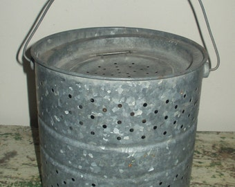 Vintage Galvanized Metal Minnow Bucket Pail Cabin Fishing Planter Rustic Decor Bait Repurpose Wood Bail Handle