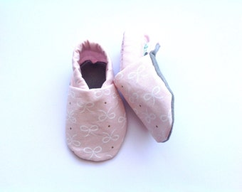 Pink and Gold Bows Baby Shoes